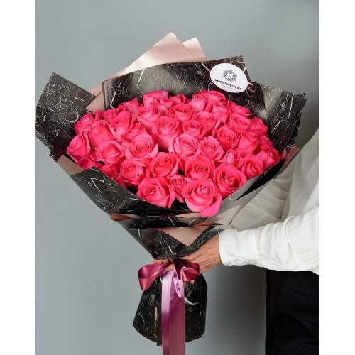 Купить на заказ Букет из 51 розовых роз с доставкой в Макинске