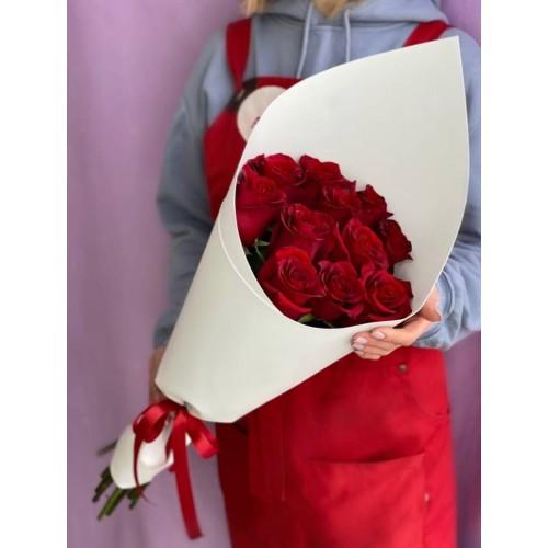 Купить на заказ Букет из 11 красных роз с доставкой в Макинске